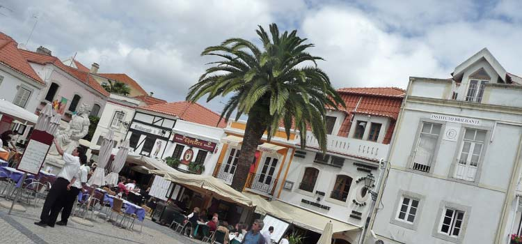 shops and restaurants Cascais